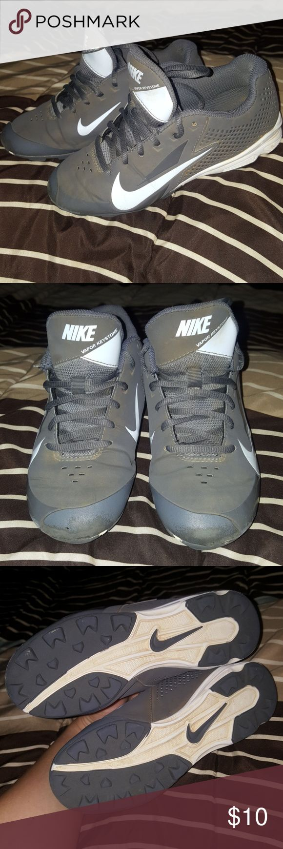 Nike Vapor Keystone Baseball Cleats White and grey Nike baseball cleats size 3.5 Nike Shoes Sneakers