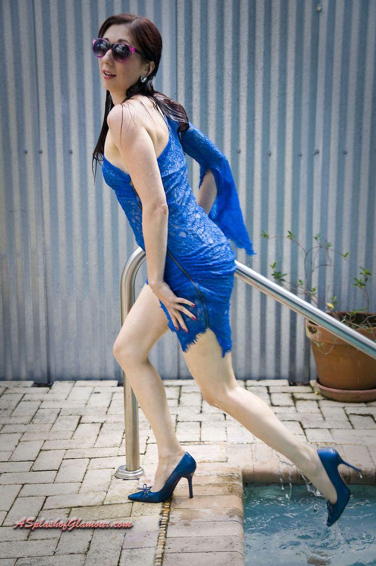 A splash of glamour | WETLOOK FUN | Fashion, Glamour, Dresses
