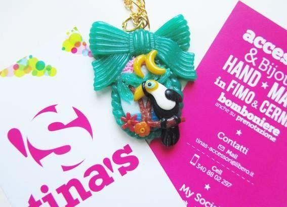 Ciondolo collana verde smeraldo in fimo e cernit con tucano e paesaggio tropicale, by Tina's - HandMade Fimo & Cernit Jewels, 7,00 € su misshobby.com