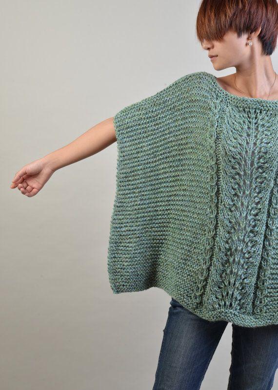 Poncho tejido a mano / capucha en otoño verde por MaxMelody en Etsy