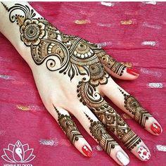 Henna @hennabydivya