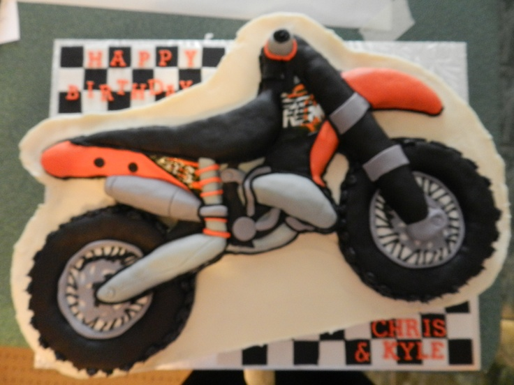 25 best images about torte varie on pinterest for Motorbike template for cake