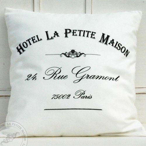 Poduszka dekoracyjna Hotel La Petite http://decortis.com/pl/p/Poduszka-dekoracyjna-Hotel-La-Petite/406