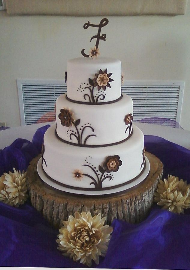 rustic cakes for a bridal shower   This cake was made for a rustic, country themed wedding. The flowers ...