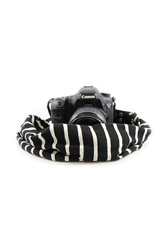 CASCARF-STBV Black And Ivory Scarf Camera Strap - Capturing Couture