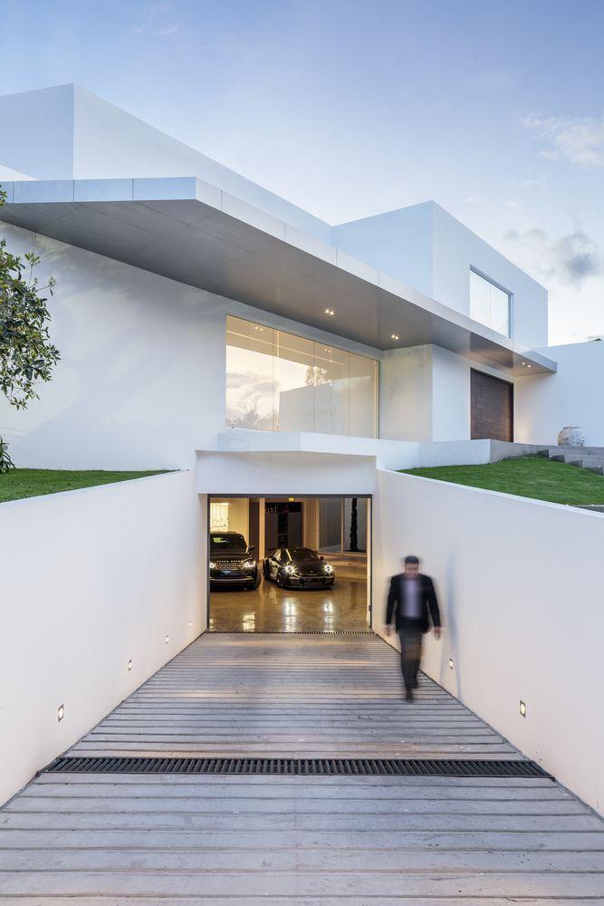 Gallery Of Cumbaya House Diego Guayasamin Arquitectos 1 Architectuur Huis Moderne Architectuur Woning Huis Ontwerpen