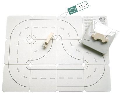 tut-tut puzzle with car