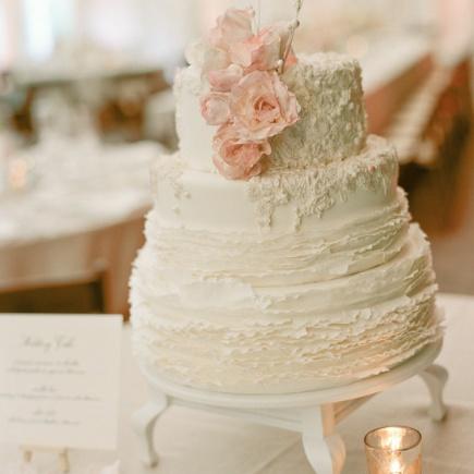 Maggie Austin wedding cake