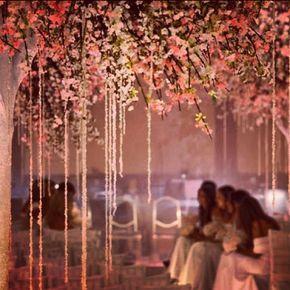 Decoração de casamento com cerejeiras
