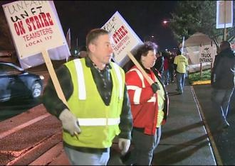 """LESS THAN two weeks before Christmas, United Natural Foods Inc. (UNFI) has fired 72 workers at its Auburn, Wash., distribution center.    The supposed """"crime"""" of these workers was to go on strike against low wages and poor working conditions. The workers, represented by Teamsters Local 117, struck on December 10 after months of stalled negotiations."""