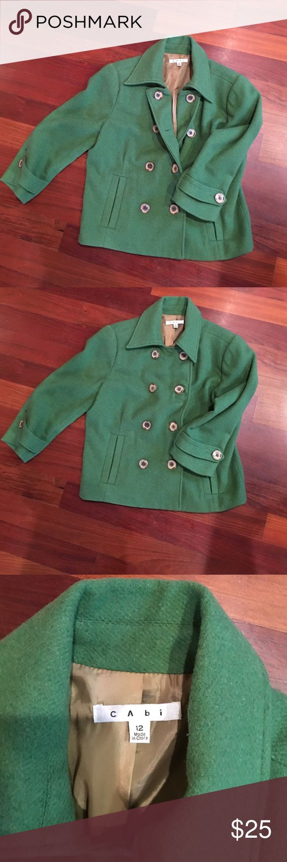 CAbi cropped blazer in Kelly green Super cute cropped blazer can we worn as an outdoor jacket or a suit blazer. Kelly green. Unique options for buttons shown in pics for different look! CAbi Jackets & Coats Blazers