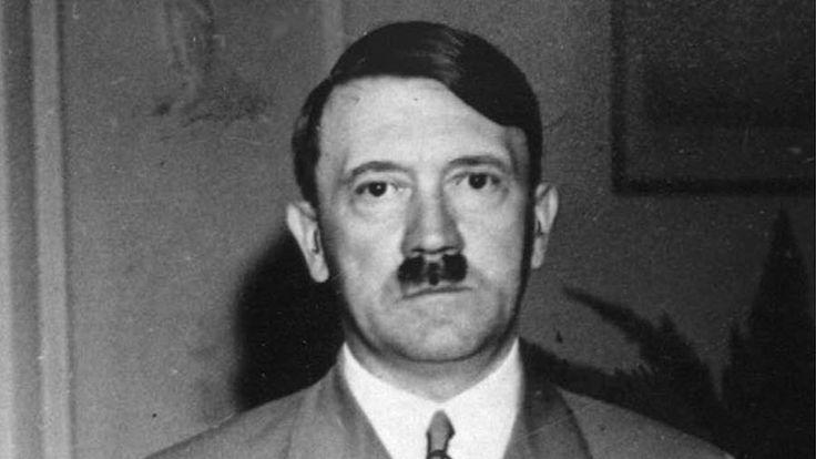 Han døde ikke i en bunker i Berlin, hævder to britiske forfattere (Foto: AP)