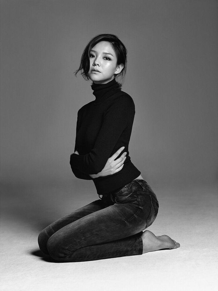 """"""" 이솜. Lee Som """""""