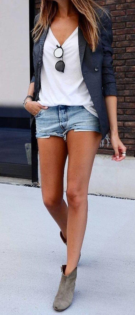 #fall #outfits  women's blue denim short shorts
