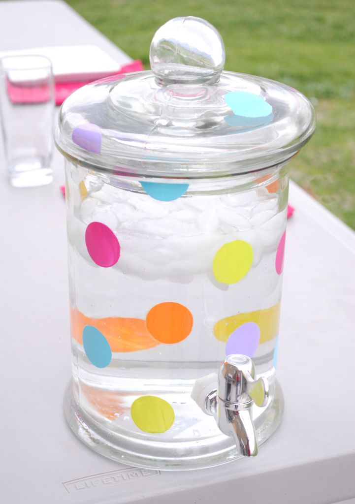 Polkadot Lemonade Jug for Summertime! Such a cute idea for summer BBQ's. From CrazyLittleProjects.com