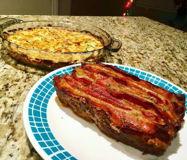 bacon-topped keto meatloaf + zucchini gratin ???????????? - Imgur