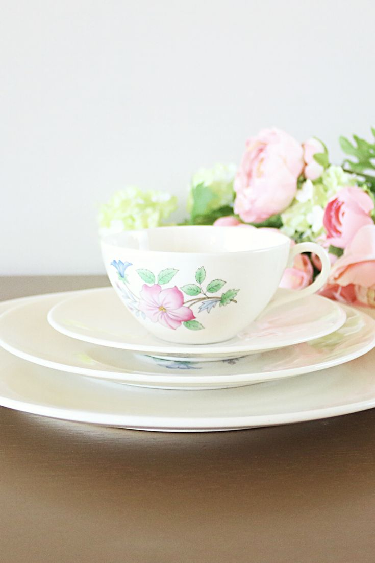 Vintage Lenox Cynthia: Elevate your dinner table with this vibrant and elegant porcelain dinnerware set from Lenox China. Decorated with a soft pink azalea floral design, this vintage dinner set is perfect for everyday use, and special occasions, too.  Adorned with vibrant colors and elegant pink blooms, this Lenox china service is very elegant and feminine and perfect for hosting a ladies' dinner party or brunch. It also makes a wonderful engagement or wedding gift.