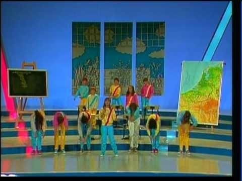 """""""Bijna Brugklas"""", Kinderen voor Kinderen 1981, solist Mandy Huydts"""