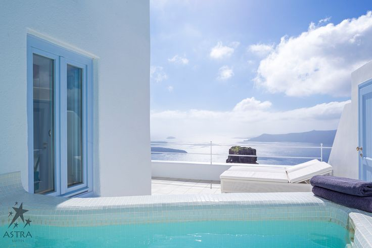 Dive into your Honeymoon Suite's private jacuzzi...