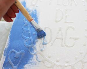 Maak een schilderij van lijm! #knutselen #decoratie #woonkamer