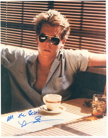 No moring is complete without a little bacon, kevin bacon that is :-D