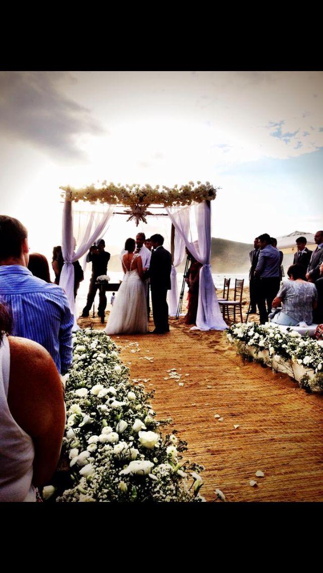real wedding, casamento real, casamentotabiecarlos, beach wedding, casamento na praia, praia, beach, i do, bride, wedding detail, love, amor, noiva, noivo, festa, decoração, decor, decoração de casamento, wedding decoration, altar
