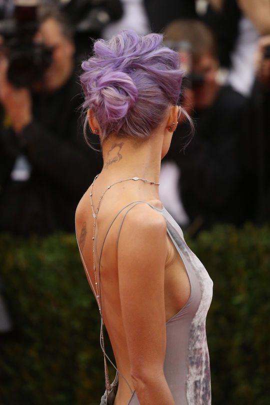 The back of Nicole Richie's bun at the Met Gala
