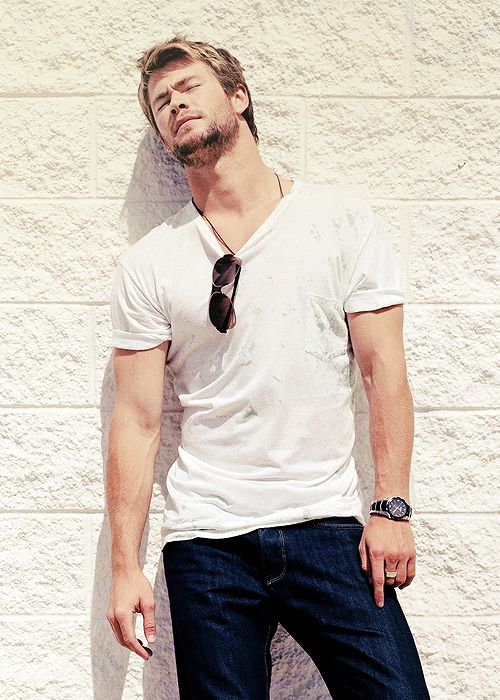 Chris Hemsworth being Chris Hemsworth.