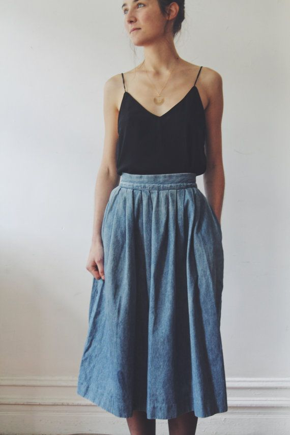 vintage denim prarie skirt // denim high waisted box pleated skirt