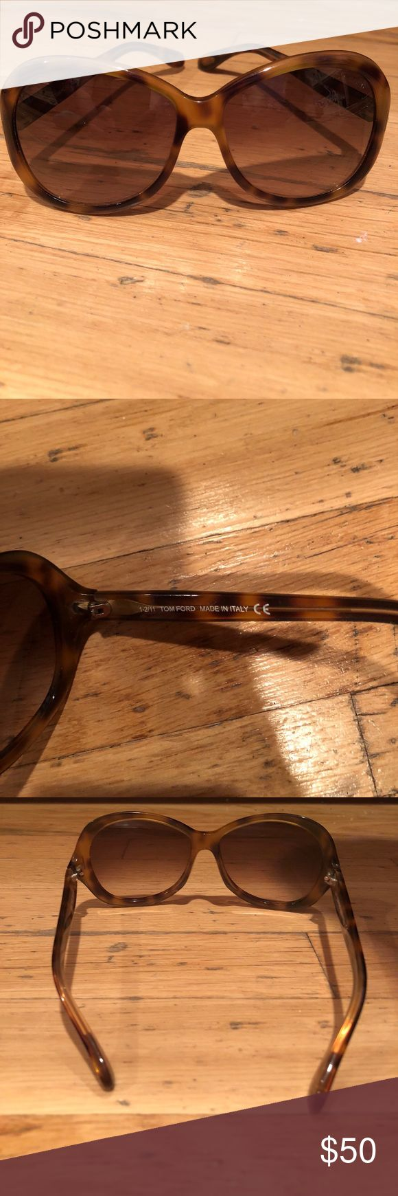 Tom Ford women's sunglasses TOM Ford genuine women's sunglasses Tortoise shell Used/ lenses are scratched   Great deal! Tom Ford Accessories Sunglasses