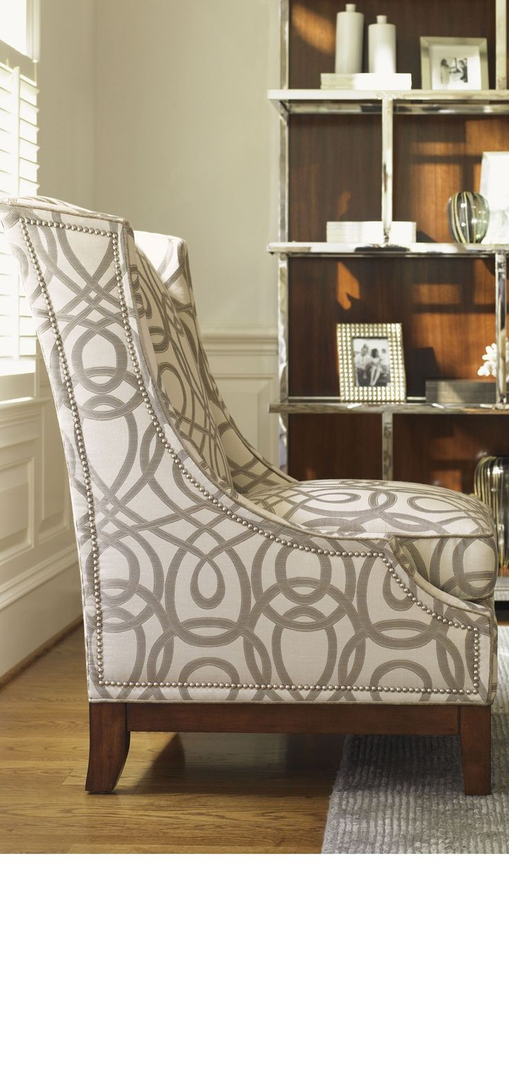 Lounge chairs lounge chair ideas by instyle for Living room 0325 hollywood