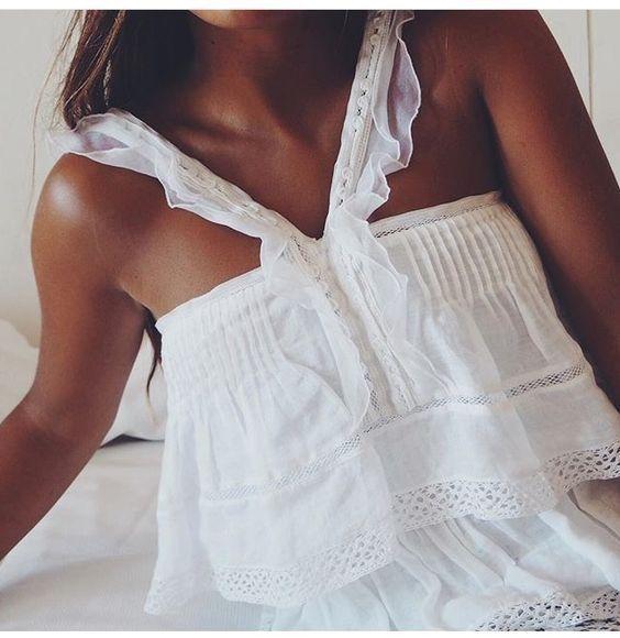 Super cute white top.