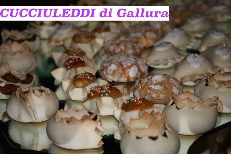 CUCCIULEDDI di Gallura ≋ Uno fra i tanti dolci tradizionali italiani preparati durante il CARNEVALE - One of the many traditional Italian desserts prepared during CARNIVAL
