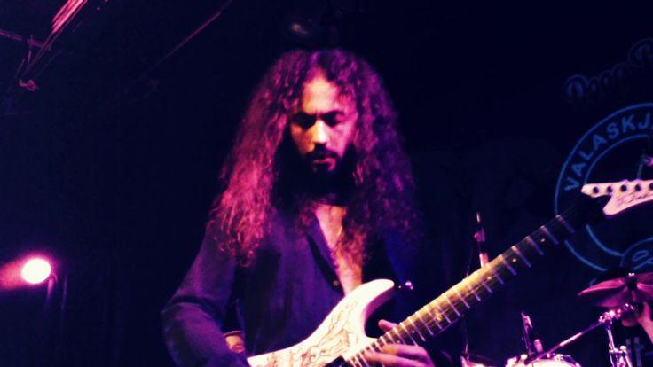 Cascades Francesco Marras Guitar Solo Live@Valaskjalf, Egilstadir, Icela...