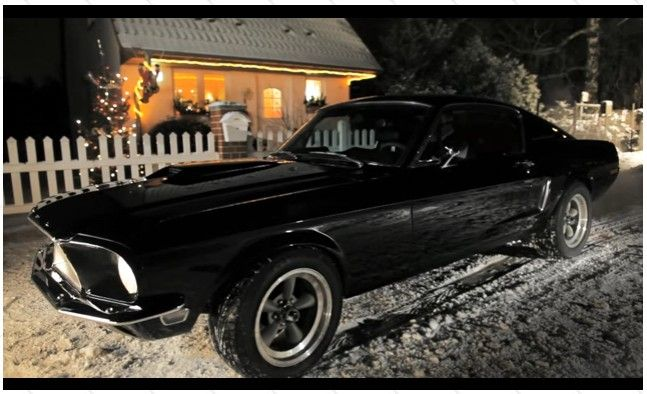 "1968 Ford Mustang sings ""Silent Night"""
