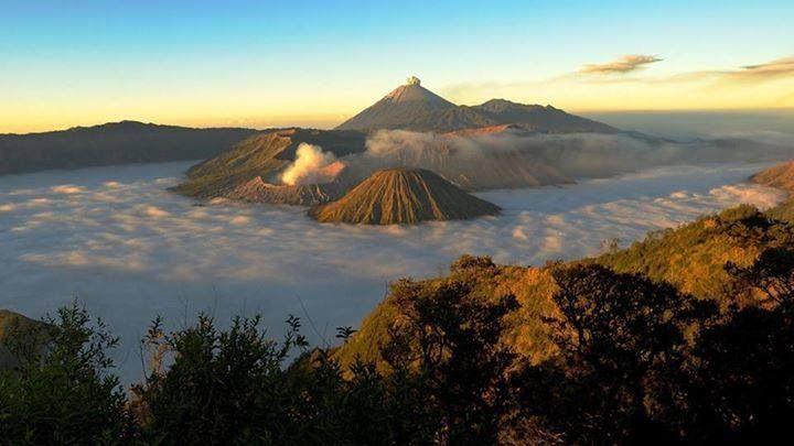 Broom Volcano, Indonesia