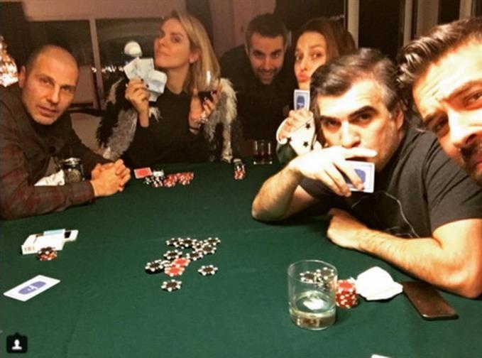 Σίσσυ Χρηστίδου: Ρεβεγιόν με διάσημους φίλους! Φωτογραφίες