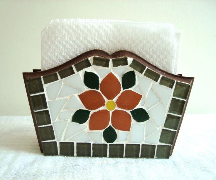 Porta guardanapo trabalhado em mosaico