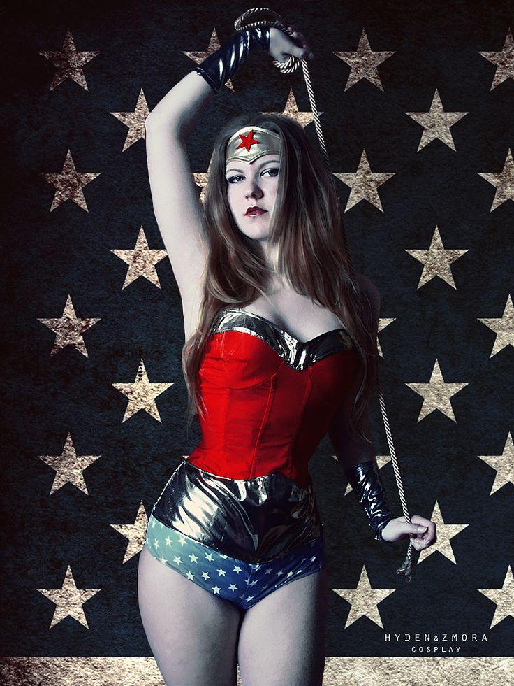 Wonder Woman  Cosplay: https://www.facebook.com/hydencosplay/  Photo: Me