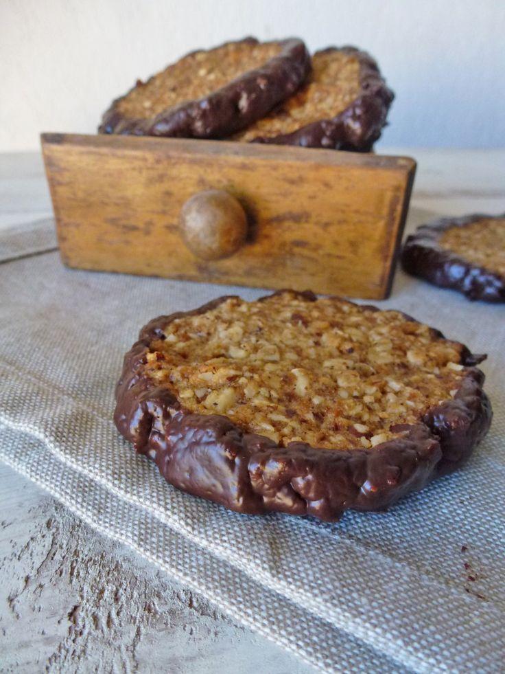 Cookies noisettes aux flocons d'avoine ( vegan ) de kiwi-forme