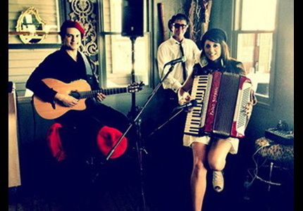 This trio showcases the Double Bass, Acoustic Guitar and Piano Accordion, with a repertoire flaunting the exotic sounds of gypsy jazz and French cafe with Spanish and jazz!