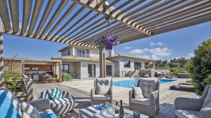 Villa de prestige disponible à la location pour votre séjour à Porto Vecchio