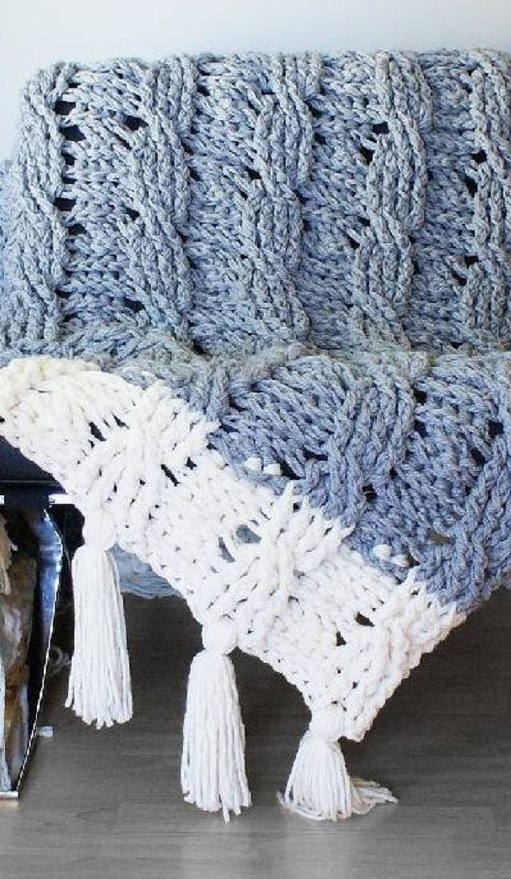 fabulous reversible blanket made up in Bernat Softee Chunky yarn