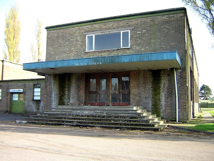 The Cinema at RAF Swinderby. My father organised many shows here with ENSA and also showed films such as 'Over the Rainbow'. Maybe that helped some of the Polish aircrew with their English!