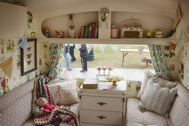 Vintage Caravans for Hire - Lucy Jayne Vintage Caravans