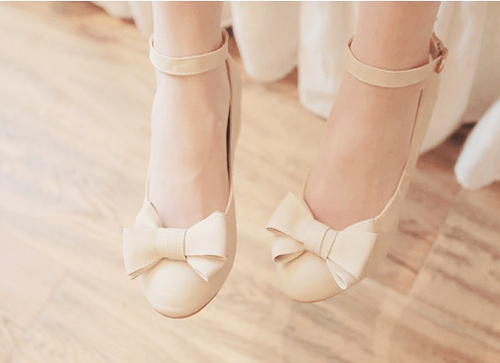 Cream bow ankle strap flats