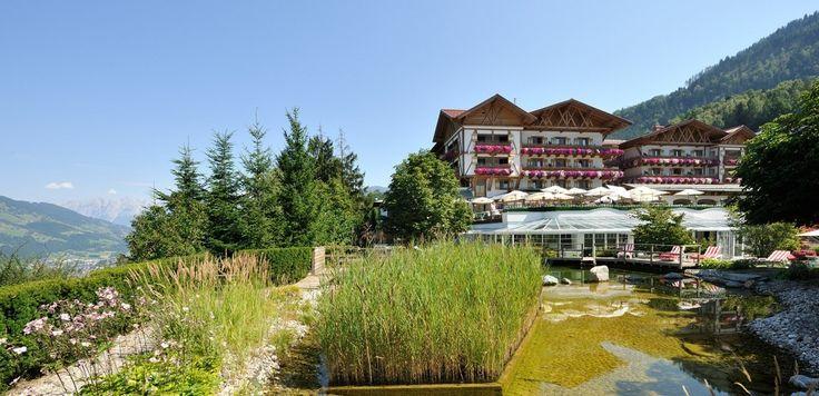 Sommerurlaub im Hotel Oberforsthof mit der Familie, mit dem Partner, alleine im Alpendorf genießen. Wandern, Golfen, Entspannen im Alpin Spa dem Wellnessbereich vom Oberforsthof. Urlaub im Salzburger Land Österreich
