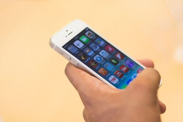 Apple Agrees To Replace Faulty iPhone 5 Batteries