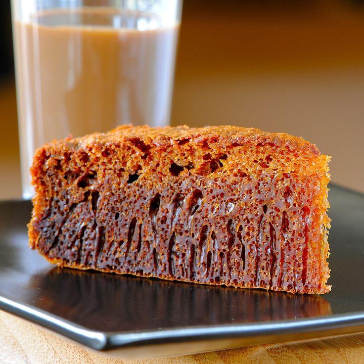 "JULES FOOD...: Malaysian Honeycomb cake...aka ""Ant's Nest Cake"""