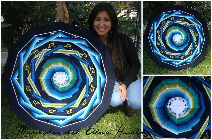 """""""Energía Vital"""" Mandala a pedido 12 puntas 1 metro con espiral al centro y bordado. Inspirado en los 3 chakras (Manipura: amarillo/ Anahata: verde /Vishuddha: Azul) La voluntad (Manipura) me permite accionar lo que dice mi corazón (Anahata), para que la verdad salga a la luz (Vishuddha)"""